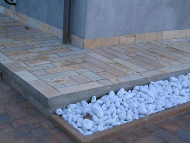 Piastrelle in pietra naturale design casa creativa e mobili ispiratori - Mattonelle per bagno prezzi ...