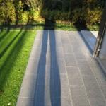 pavimentazione-esterno-porfido-fiammato-grigio-verde-11