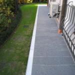 pavimentazione-esterno-porfido-fiammato-grigio-verde-14