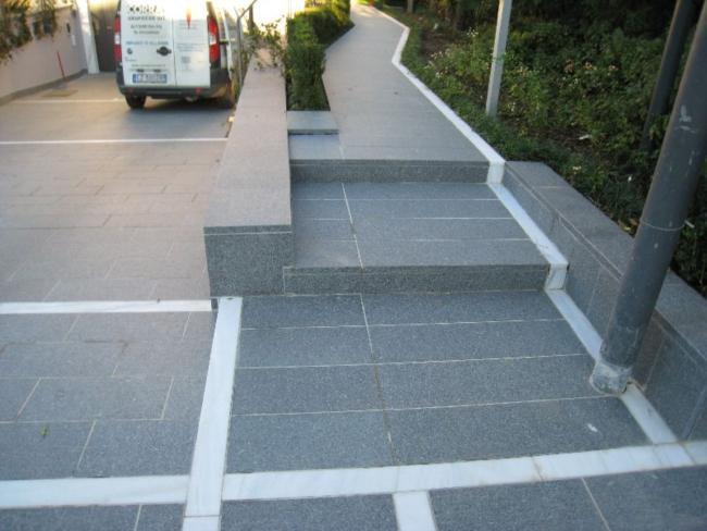 Pavimento Esterno Grigio : Pavimentazione per esterni porfido fiammato grigio verde