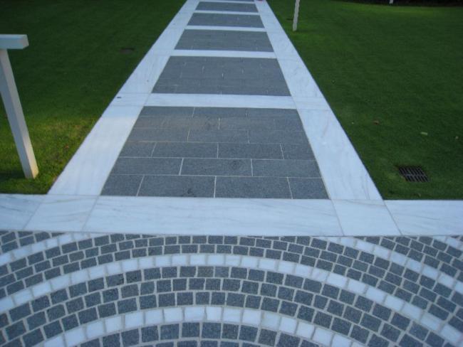 Pavimentazione porfido fiammato pavimentazioni per for Sassi finti per esterno